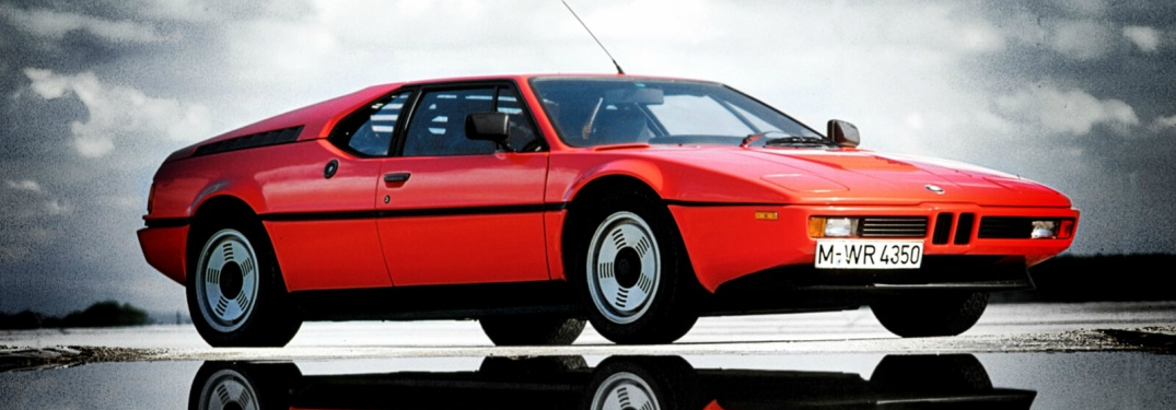 1978 BMW M1 red side view
