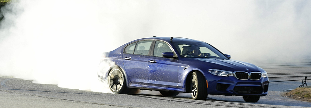 2018 BMW M5 blue going for the world record longest drift