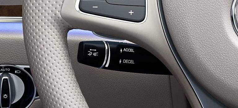 2018 Mercedes-Benz E-Class DRIVE PILOT controls