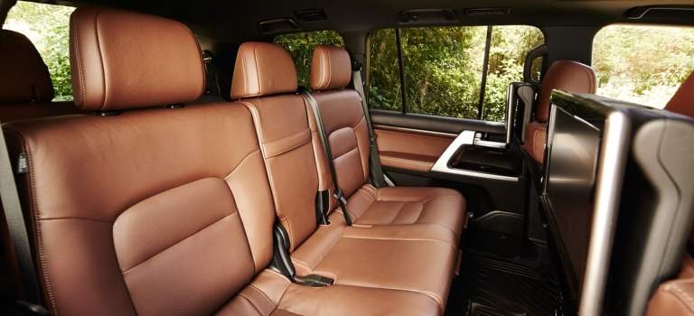 2018 toyota land cruiser with brown leather seats