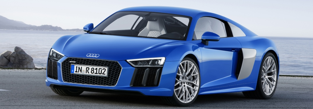 2018 Audi R8 Coupe blue side view