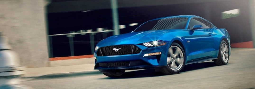 2019 Ford Mustang Shelby GT350 blue side view