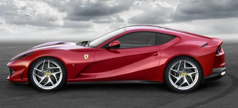 2019 Ferrari 812 Superfast red side view