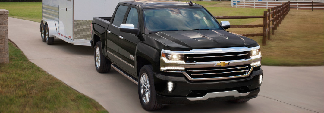 how much can the 2018 chevrolet silverado 1500 tow. Black Bedroom Furniture Sets. Home Design Ideas