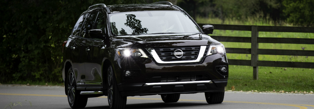 front and side view of black 2019 nissan pathfinder