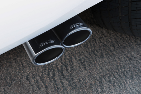rear tailpipes of 2019 chevy tahoe