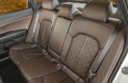 rear seats of 2018 kia optima