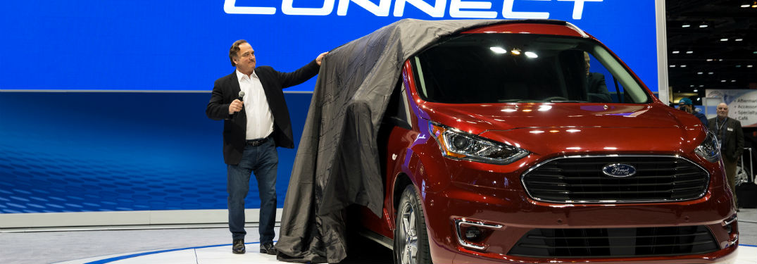 Jim Belushi unveils the 2019 Ford Transit Connect Wagon at the Chicago Auto Show 2018