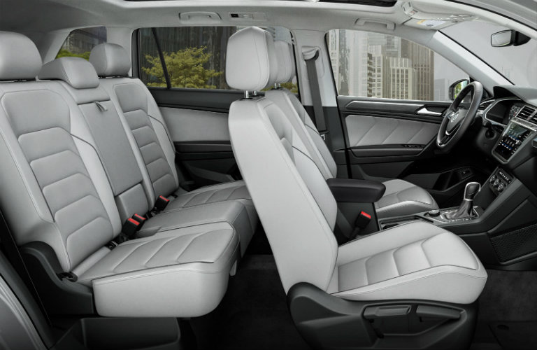 volkswagen tiguan interior features