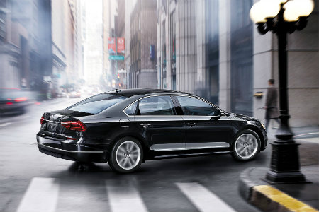 2018 Volkswagen Passat driving in the city