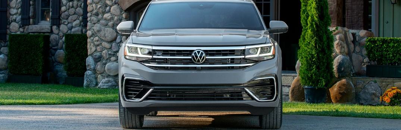 2020 Volkswagen Atlas front view
