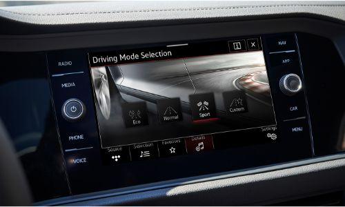 2021 Volkswagen Jetta infotainment screen