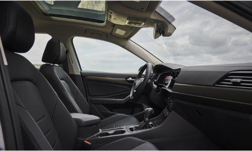 2021 Volkswagen Jetta side view of front cabin