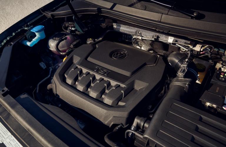2021 Volkswagen Tiguan engine