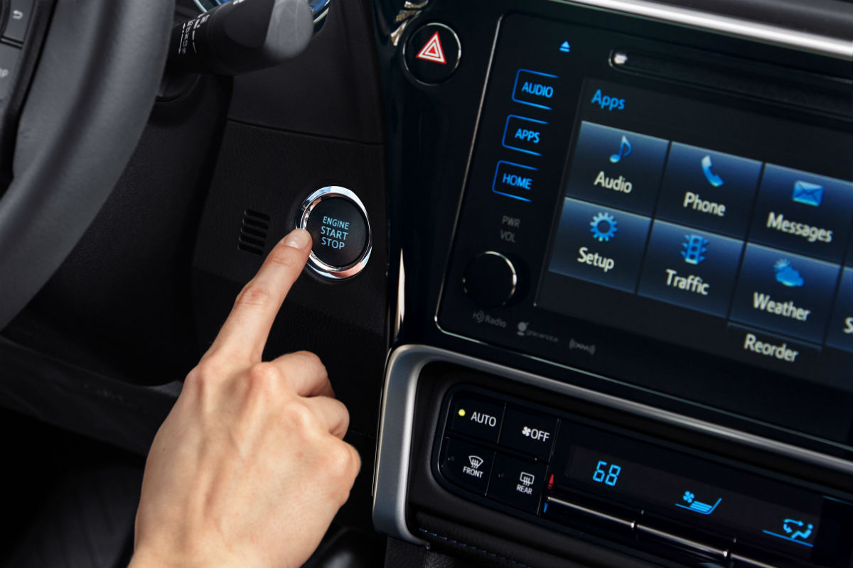 Push-button start and touchscreen of the 2019 Toyota Corolla