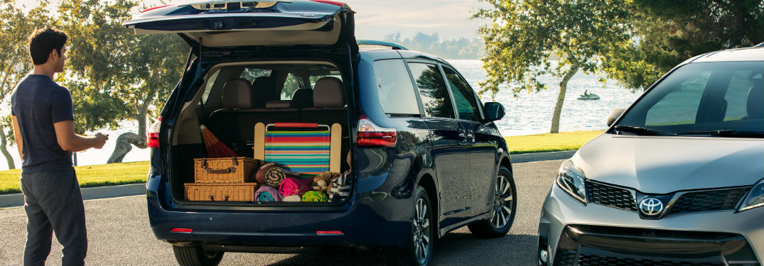 Enjoyable How Much Cargo Passenger Space Does The 2019 Toyota Sienna Onthecornerstone Fun Painted Chair Ideas Images Onthecornerstoneorg