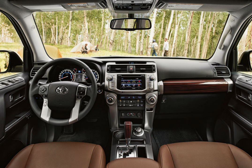 Driver's cockpit of the 2018 Toyota 4Runner