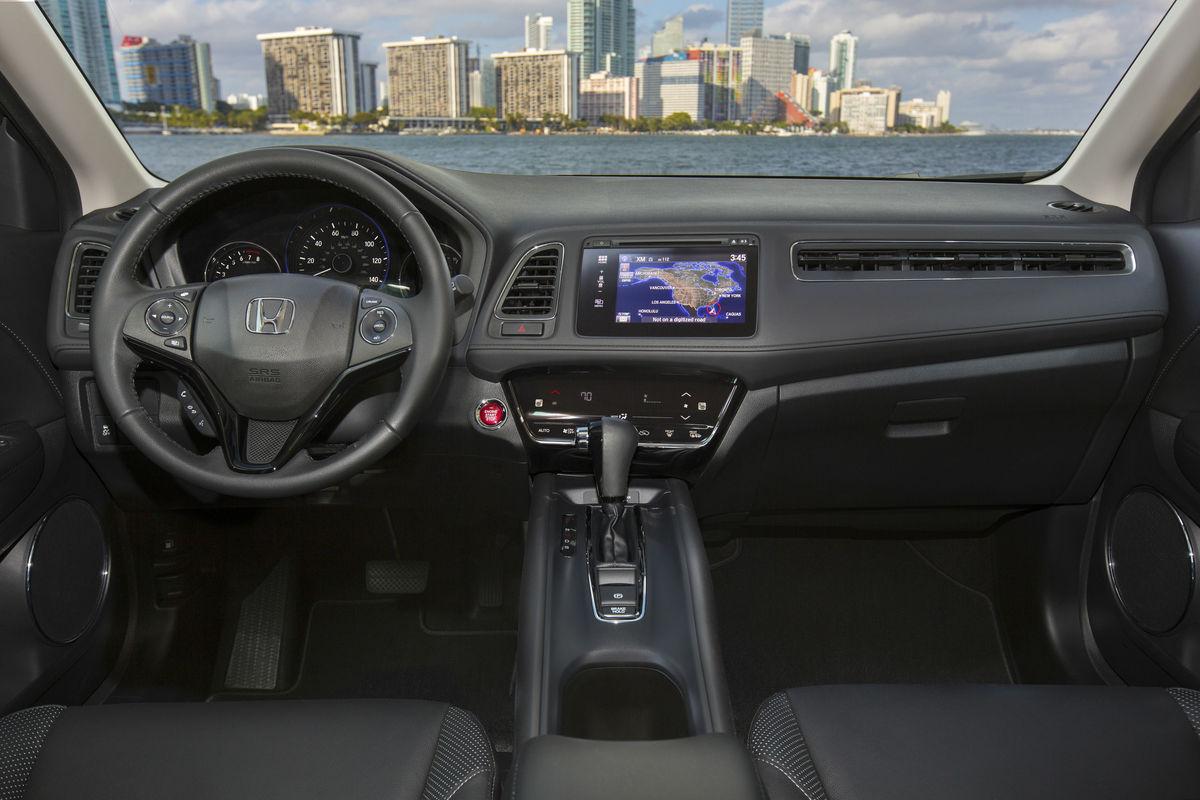 2018 Honda HR-V's driver;s cockpit
