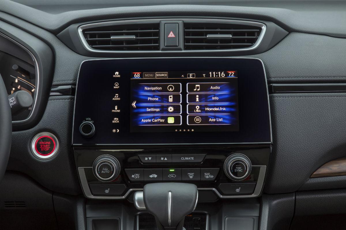 Touchscreen display of the 2018 Honda CR-V