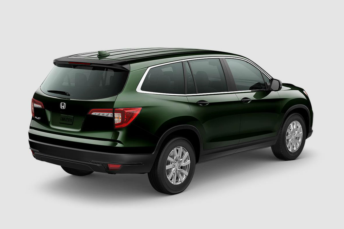 2019 Honda Pilot in Black Forest Pearl