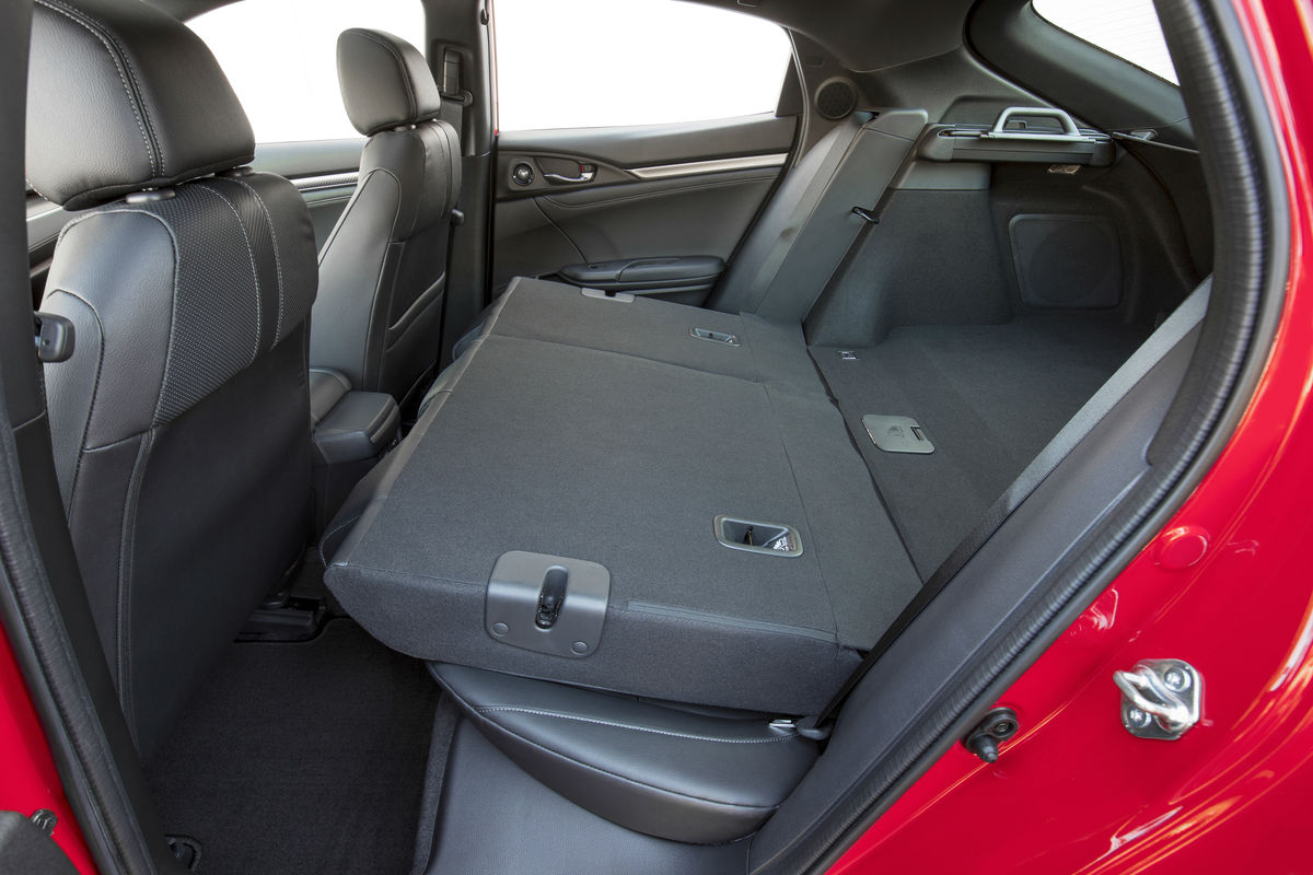 Check Out The Spacious Interior Of The 2019 Honda Civic