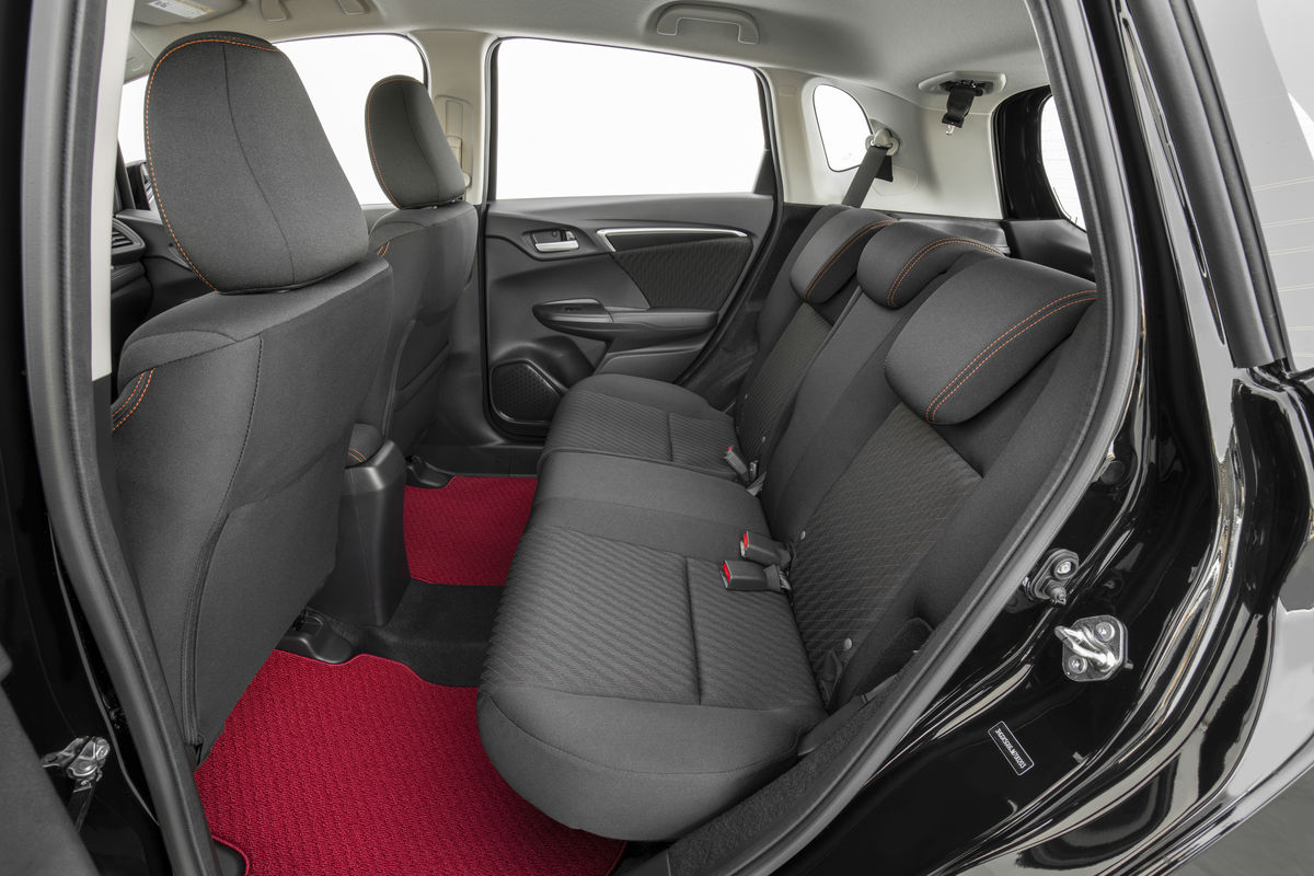 Side view of the rear seats in the 2019 Honda Fit