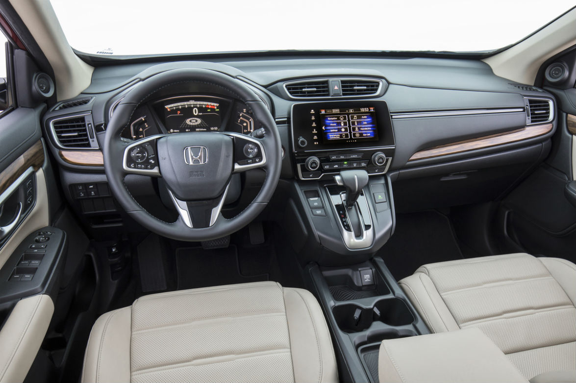 Driver's cockpit of the 2019 Honda CR-V
