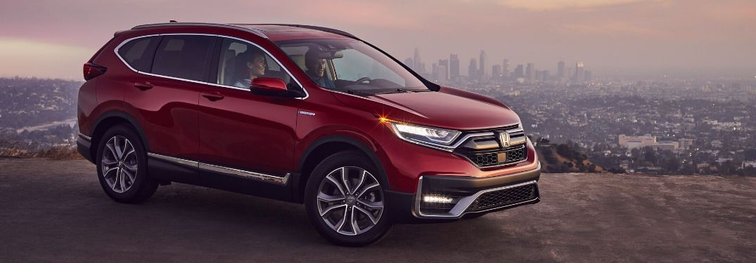 2020 Honda CR-V Hybrid in front of cliff