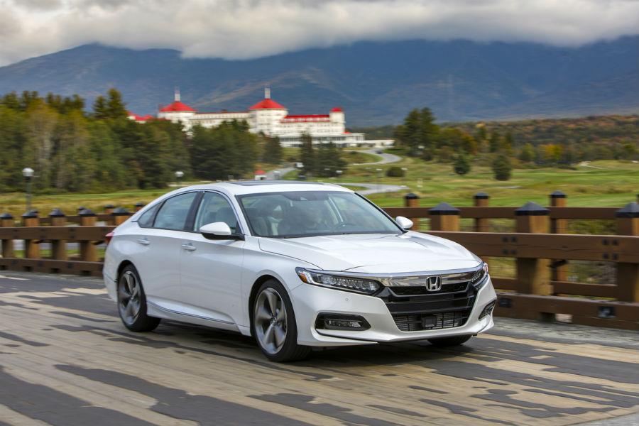 2018 honda accord trim levels covington honda for Castle honda service