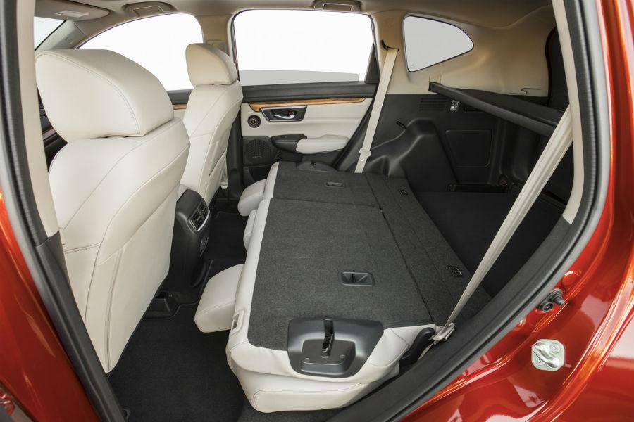 Covington Honda Nissan >> 2018 Honda CR-V Cargo Space and Passenger Room | Covington ...