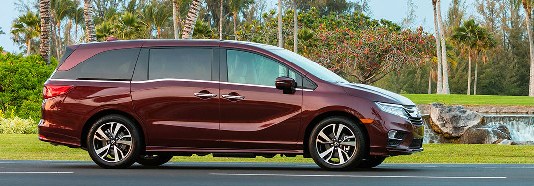2019 Honda Odyssey minivan offers long list of family features and options