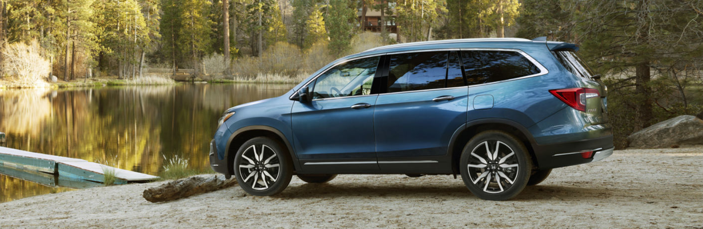 2019 Honda Pilot crossover SUV offers a roomy interior that provides plenty of passenger and cargo space