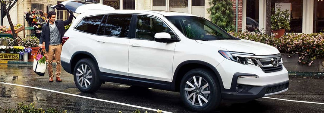 2021 Honda Pilot parked with liftgate open