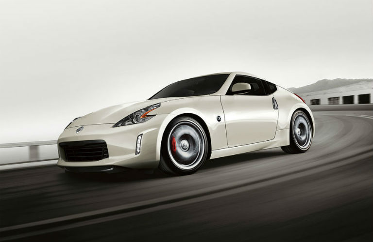 2018 nissan 370z coupe white driving