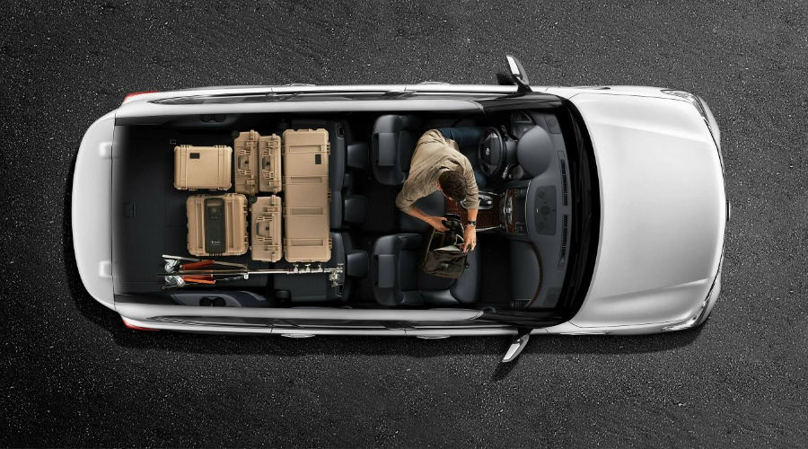 2018 Nissan Armada With Second  And Third Row Cargo Used
