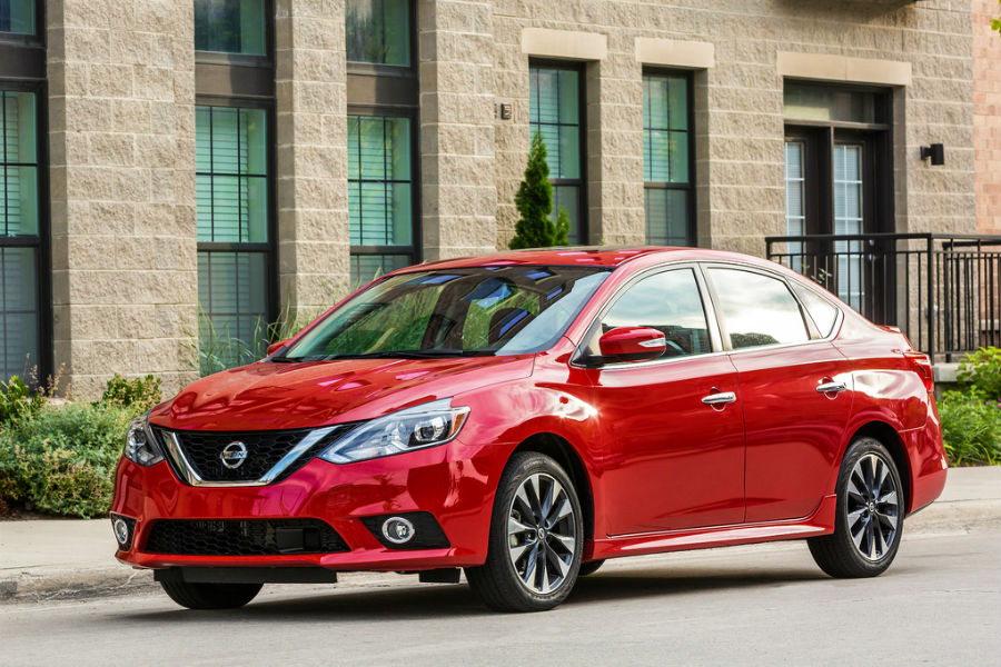 exterior of 2019 nissan sentra sr turbo in red