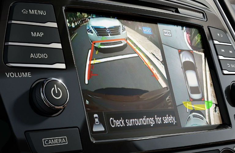 2019 Nissan Maxima rearview camera display