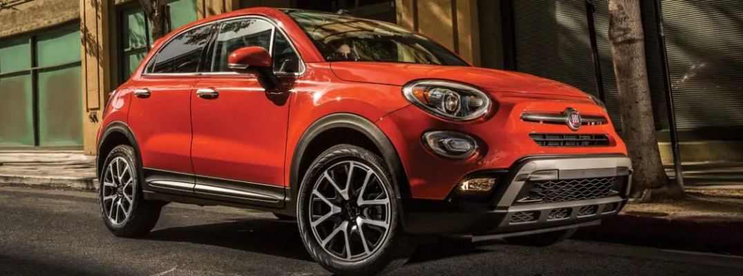 2018 FIAT 500X crossover exterior shot while parked