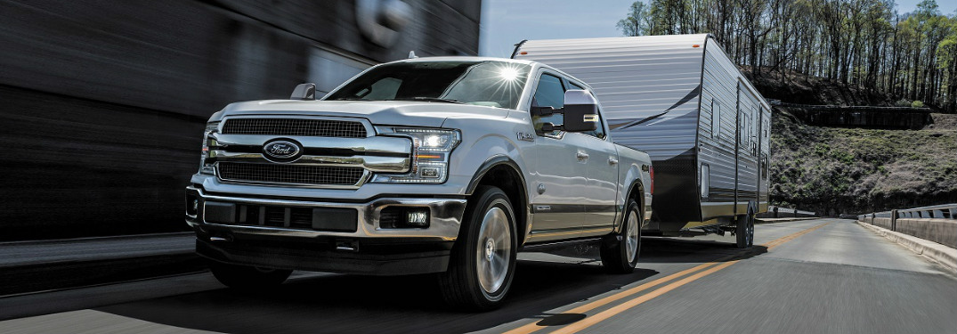 Which popular pickup truck models offer the highest towing capability?