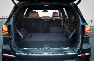 rear seats folded down in kia sorento