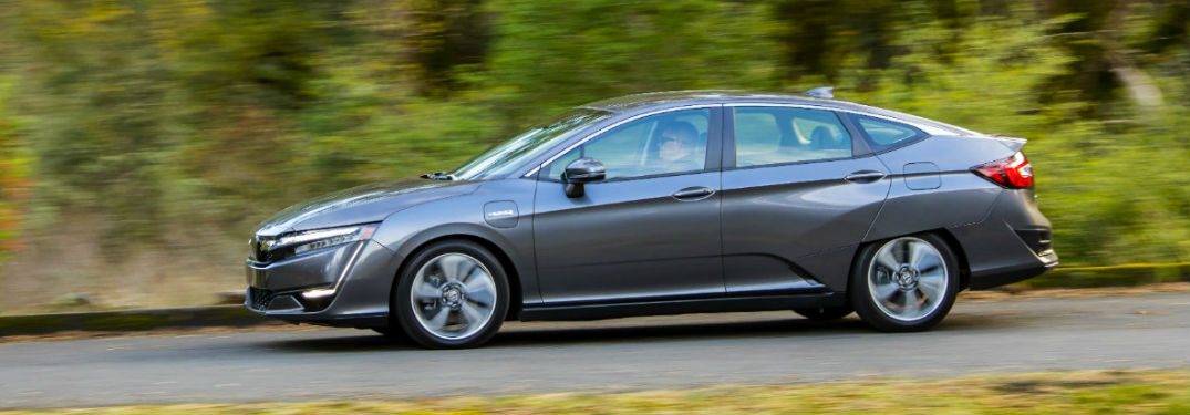 2018 Honda Clarity Plug-In Hybrid driving