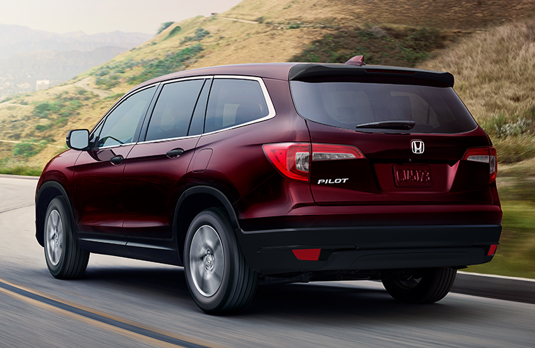 2019 Honda Pilot in red