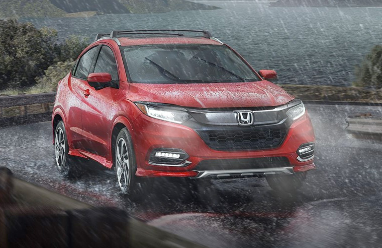 2019 Honda HR-V in red in the rain