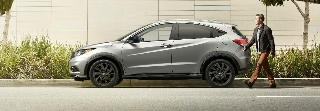 What are the Color Options of the 2021 Honda HR-V?