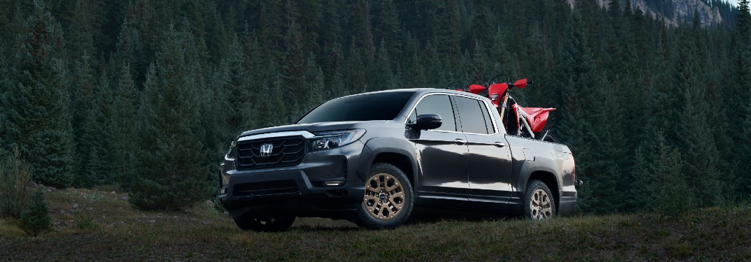 How Does the 2021 Honda Ridgeline Compare to the 2021 Toyota Tacoma?