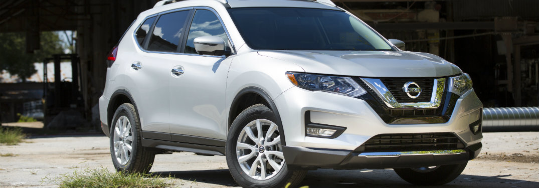 2018 Nissan Rogue exterior front silver