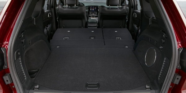 2019 Jeep Grand Cherokee Rear Cargo Space with Seats Laid Flat