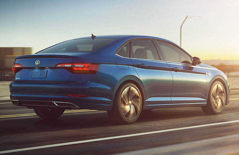 2019 volkswagen rear view driving