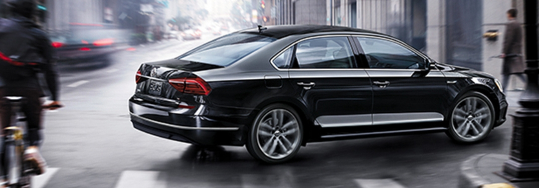 How many Engine Options and Trim Levels does the 2019 Volkswagen Passat offer?