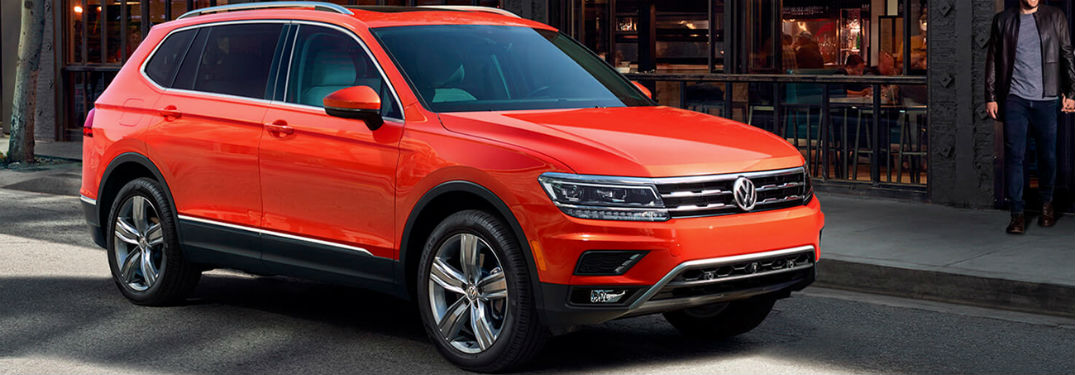 2019 VW Tiguan exterior front fascia and passenger side